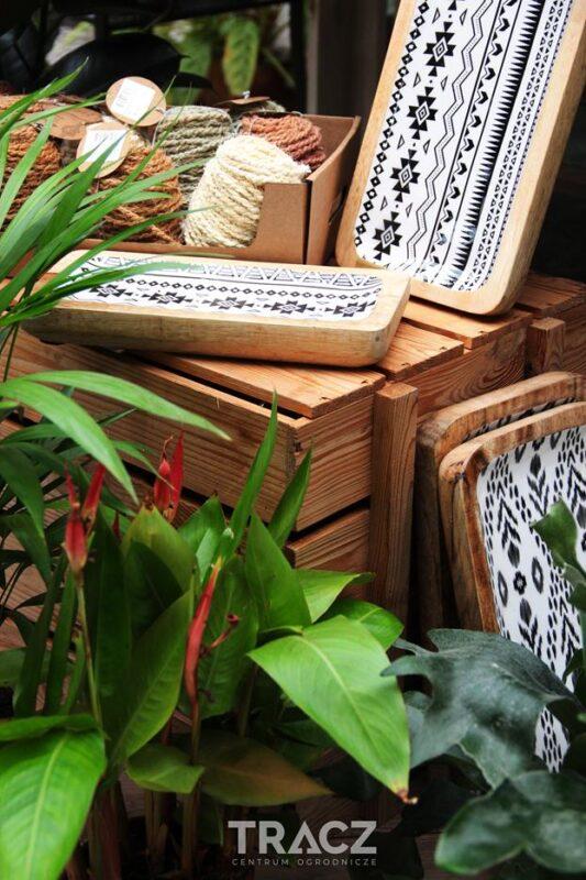 drewniane deski, nowy trend aztecki