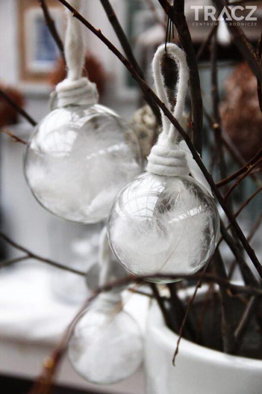 ozdoby bożonarodzeniowe, bombki z piórkiem