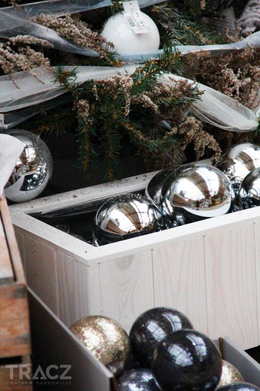 zimowe bombki, dekoracje choinkowe
