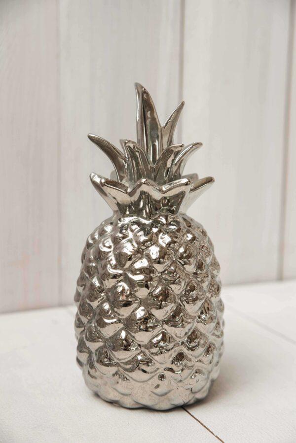 Srebrny ananas modna dekoracja