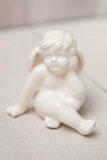Figurka ceramiczna anioł